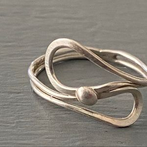 Jewelry - 925 Sterling Silver Ring Size 5